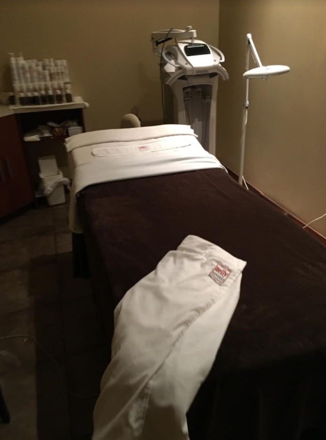 Curage Spa, West Island Blog, Rhonda Massad, Montreal Grandma,